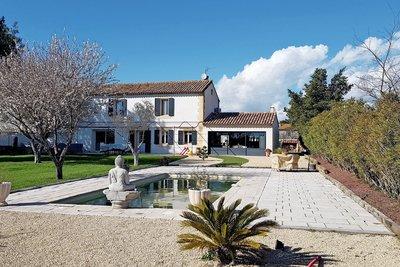 Maison à vendre à ISTRES  - 7 pièces - 208 m²