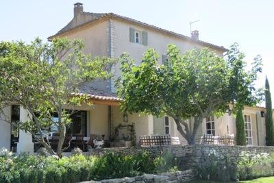 Maison à vendre à BONNIEUX  - 8 pièces - 245 m²