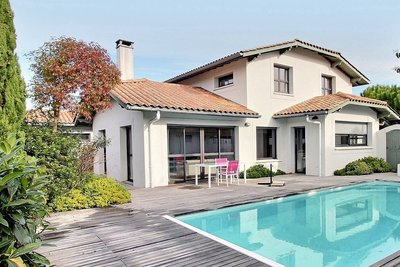 House for sale in ANGLET  - 5 rooms - 215 m²