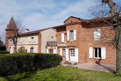 Maison à vendre à VERFEIL  - 12 pièces - 500 m²