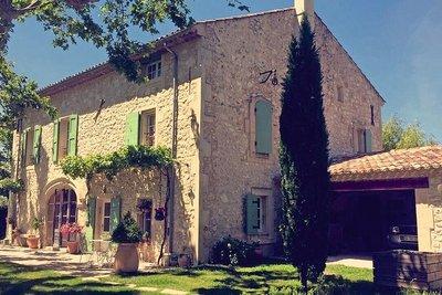 Maison à vendre à PLAN-D'ORGON   - 240 m²
