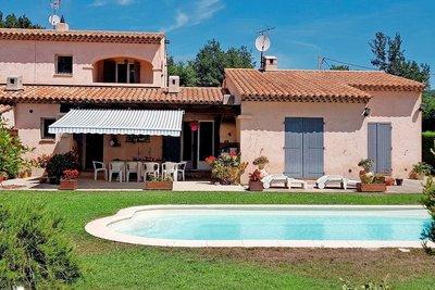 Maison à vendre à ST-CEZAIRE-SUR-SIAGNE  - 5 pièces - 160 m²