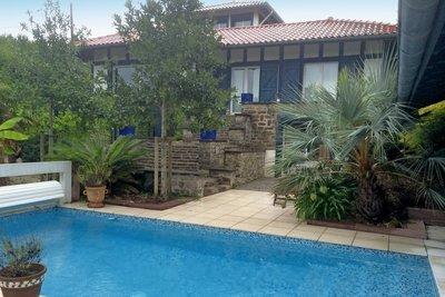 - 10 rooms - 290 m²