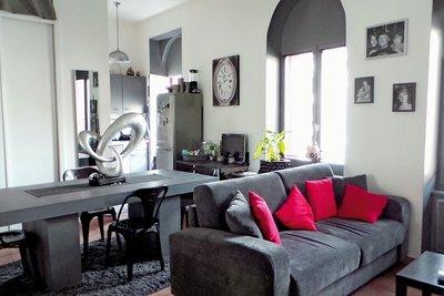 - 2 rooms - 51 m²