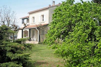 Maison à vendre à PIERRELATTE  - 9 pièces - 227 m²
