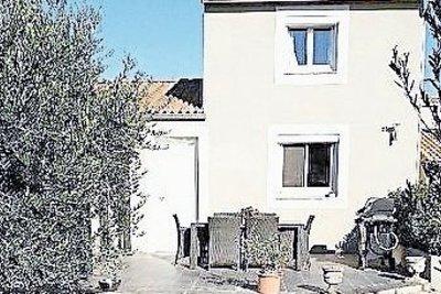 Maison à vendre à ST-MARTIN-DE-CRAU  - 5 pièces - 116 m²