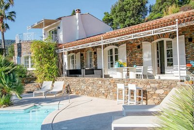House for sale in GRIMAUD  - 3 rooms - 180 m²