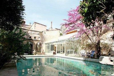 Maison à vendre à TARASCON   - 490 m²