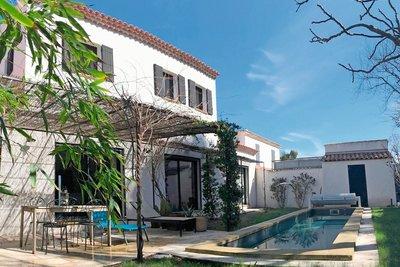 Maison à vendre à ST-REMY-DE-PROVENCE  - 4 pièces - 180 m²