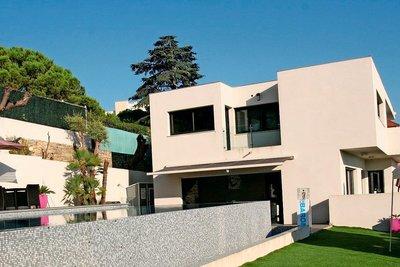 Maison à vendre à ANTIBES  - 7 pièces - 260 m²