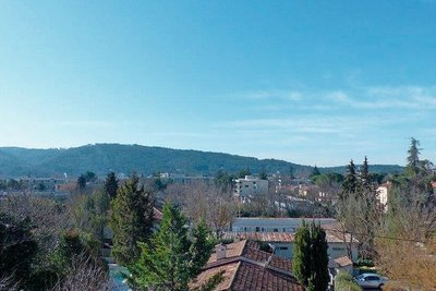 Apartment for sale in AIX-EN-PROVENCE  - 3 rooms - 88 m²