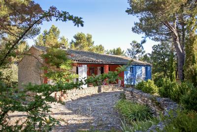 Maison à vendre à MENERBES  - 7 pièces - 4950 m²