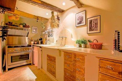 - 5 rooms - 200 m²