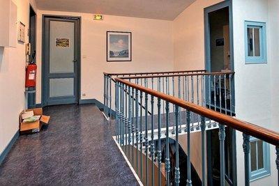 Bien à vendre à BORDEAUX   - 330 m²