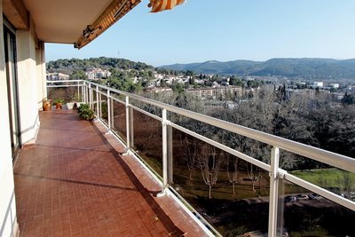Apartment for sale in AIX-EN-PROVENCE  - 4 rooms - 112 m²