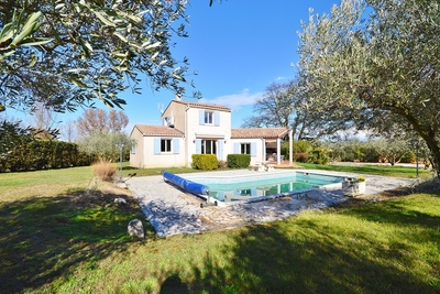 House for sale in UZES  - 6 rooms - 140 m²