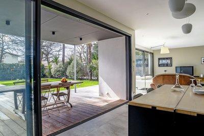 Maison à vendre à L ABERGEMENT CLEMENCIAT  - 9 pièces - 279 m²