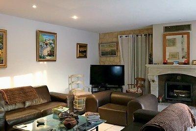 Maison à vendre à MEYRARGUES  - 6 pièces - 200 m²