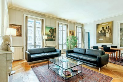 Apartment for sale in LYON  6EME  - 4 rooms - 141 m²