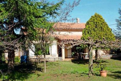 Maison à vendre à ST-PAUL-TROIS-CHATEAUX  - 7 pièces - 245 m²