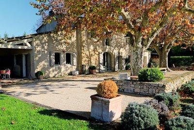 Maison à vendre à PLAN-D'ORGON  - 8 pièces - 300 m²
