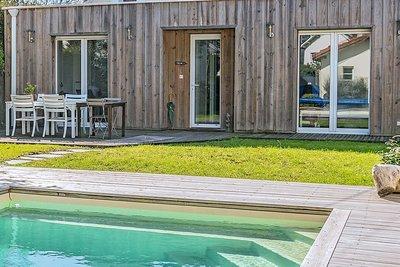 - 8 rooms - 146 m²