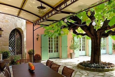 Maison à vendre à ST-DONAT-SUR-L'HERBASSE  - 6 pièces - 190 m²