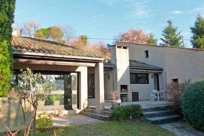 Maison à vendre à ST-DONAT-SUR-L'HERBASSE  - 6 pièces - 205 m²