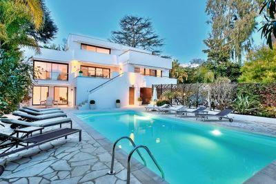 Maison à vendre à CANNES  - 6 pièces - 300 m²