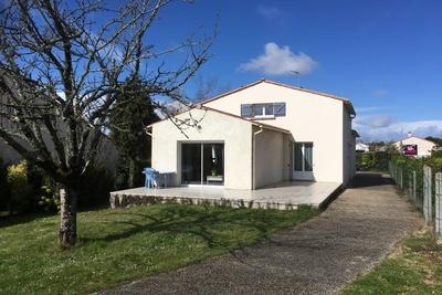 Maison à vendre à ST PALAIS SUR MER  - 7 pièces - 180 m²