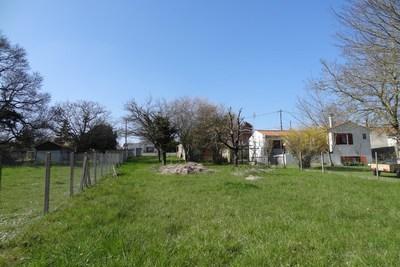 terrain à vendre à COZES   - 1114 m²