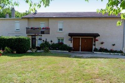 Maison à vendre à AMBERIEU-EN-BUGEY  - 6 pièces - 170 m²