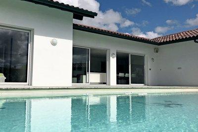 - 4 rooms - 142 m²