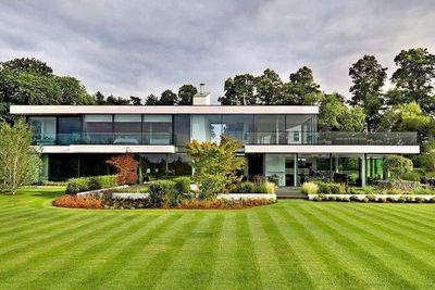 Maison à vendre à CHATEAUNEUF-DE-GRASSE  - 5 pièces - 200 m²