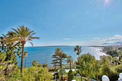 Apartment for sale in CANNES  - Studio - 126 m²
