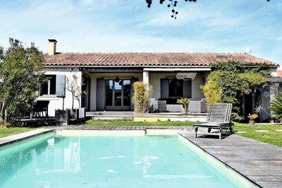 Maison à vendre à MAILLANE  - 4 pièces - 140 m²
