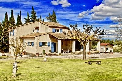 Maison à vendre à ST-REMY-DE-PROVENCE  - 6 pièces - 174 m²