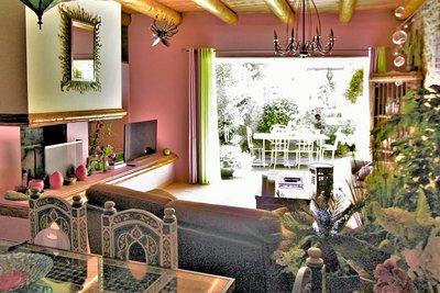 - 6 rooms - 163 m²