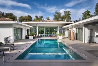 Maison à vendre à VALBONNE  - 7 pièces - 297 m²