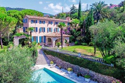 Maison à vendre à GRASSE  - 8 pièces - 260 m²