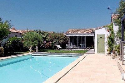 Maison à vendre à LES PORTES EN RE  - 6 pièces - 168 m²