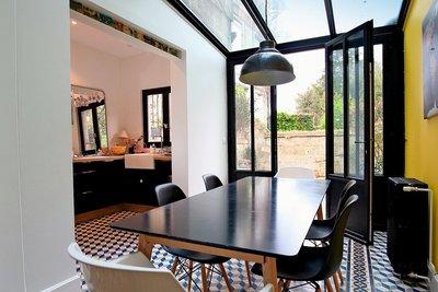 - 6 rooms - 130 m²