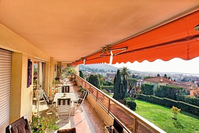 Apartments for sale in Le Cannet