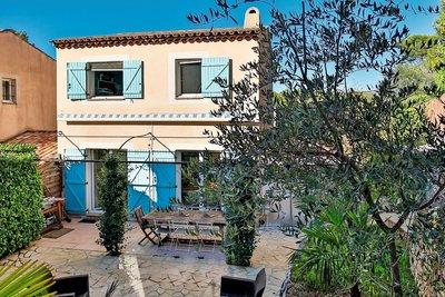 Maison à vendre à VALBONNE  - 5 pièces - 85 m²
