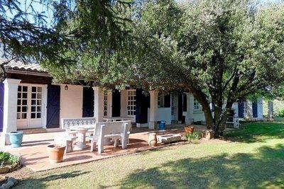 Maison à vendre à SUZE LA ROUSSE  - 7 pièces - 231 m²