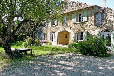 Maison à vendre à SUZE LA ROUSSE  - 7 pièces - 190 m²