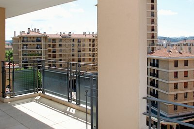 Apartment for sale in AIX-EN-PROVENCE  - 4 rooms - 111 m²