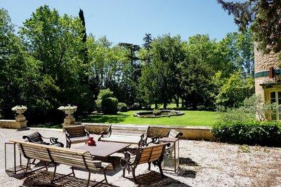 Maison à vendre à AIX-EN-PROVENCE   - 750 m²