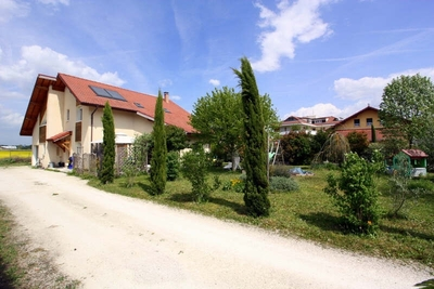 Maison à vendre à DOUVAINE  - 5 pièces - 171 m²