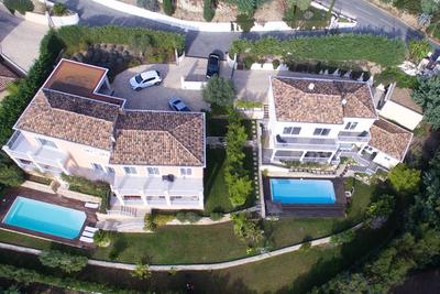 Maison à vendre à MANDELIEU-LA-NAPOULE  - 10 pièces - 460 m²